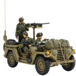 EE.UU. Vehiculo Utilitario M151A2 - Granada 1983