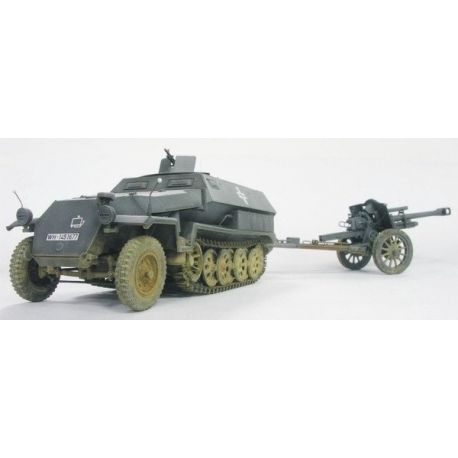 Sd.Kfz.251/4 Ausf.C + IeFH18/40